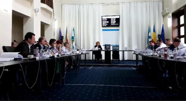 Marosvásárhelyi iskolaügy: Elutasította az önkormányzat az iskolahálózatot megszabó határozattervezetet