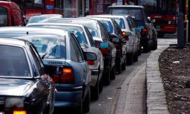Vasárnaptól rendszámtábla és forgalmi engedély nélkül maradnak a sofőrök, ha lejárt műszaki vizsgájú gépjárművel közlekednek