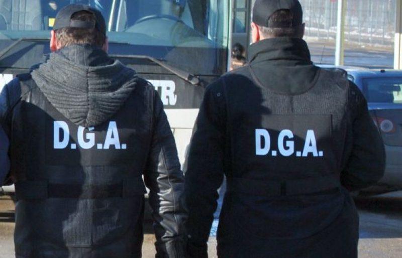 Korrupciós ügyek miatt tartanak házkutatásokat Maros és Olt megyében