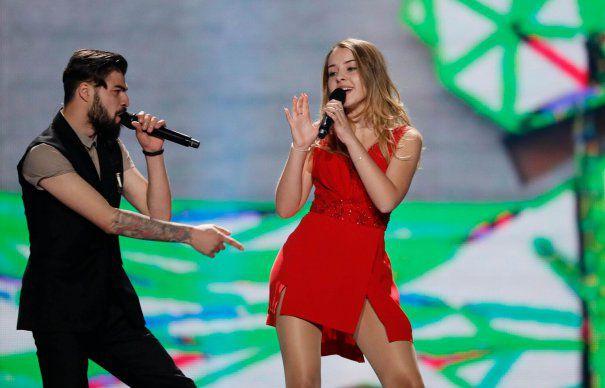 17 éves marosvásárhelyi lánnyal jutott az Eurovízió döntőjébe Románia