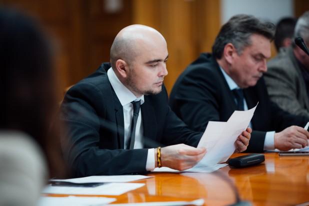 Novák Csaba Zoltán: Mondjon le a Maros megyei főtanfelügyelő
