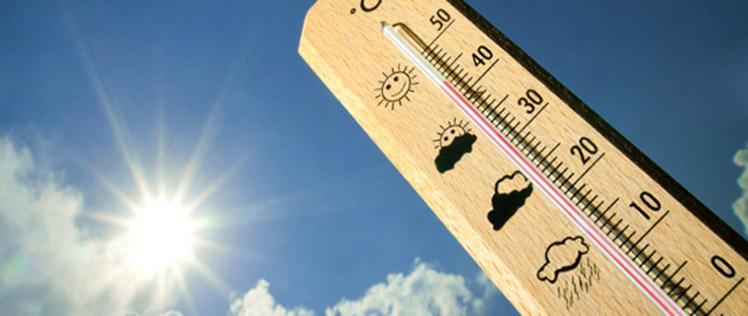 Pénteken 43 fokot is mutathatnak a hőmérők Romániában