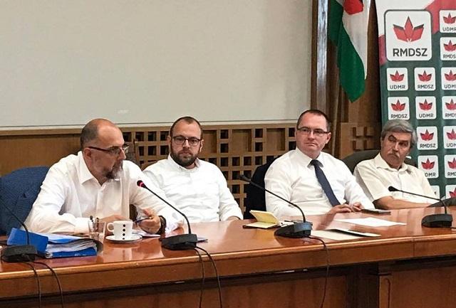 Feljelentette az RMDSZ Traian Basescut és több román hírcsatornát magyarellenes megnyilvánulásaik miatt
