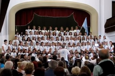 Erdőszentgyörgyön lépett fel a Szentegyházi Gyermekfilharmónia – Nézd meg az előadásukat