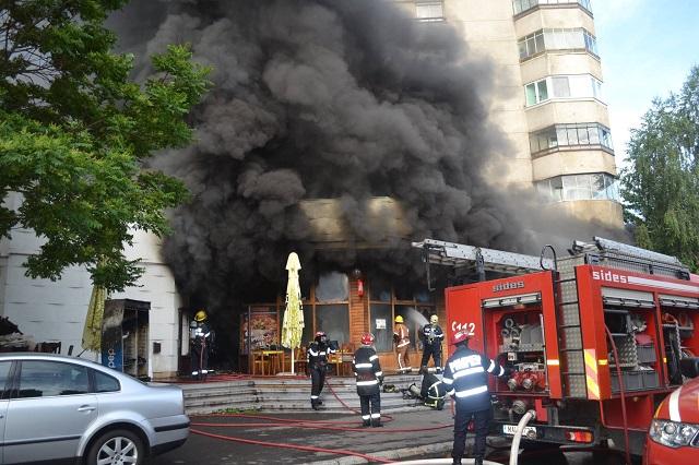 Ennyi maradt a Tudorban leégett Casa Mureseana étteremből – Képek
