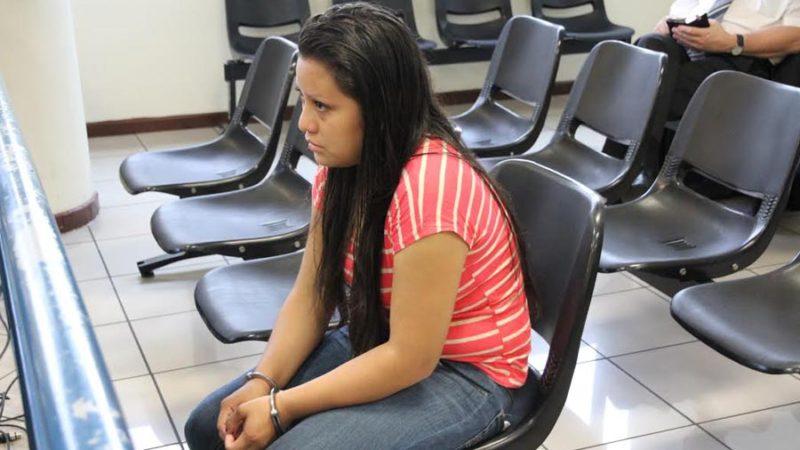 Harminc év börtönbüntetéssel sújtottak egy megerőszakolt tinédzsert Salvadorban