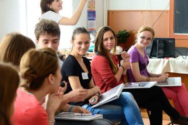 Jogi alapismereteket tanítását vezetnék be az iskolákban