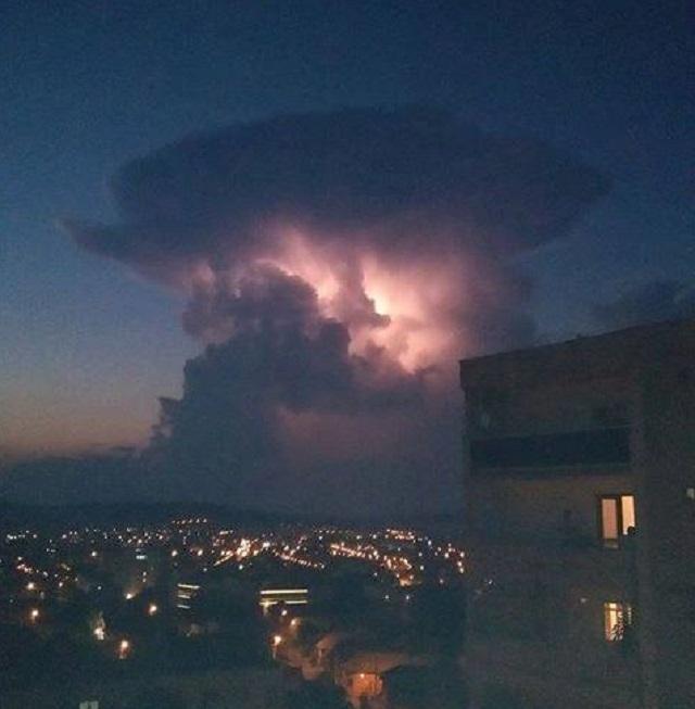 Szupercellát fotóztak tegnap este Marosvásárhely felett