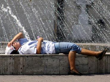 Hétvégén 41 fok is lehet az országban, jövő héten is tart a kánikula