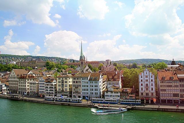 Svájc a világ legversenyképesebb állama, Románia a 68. helyen áll