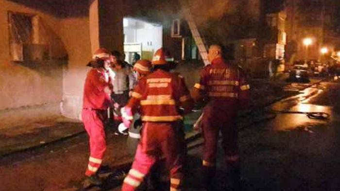 Négyemeletes tömbházban ütött ki tűz hétfő este Marosvásárhelyen