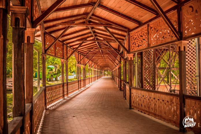 Európában egyedi építmény áll még mindig Erdélyben, melyet Sissinek emeltek 1875-ben