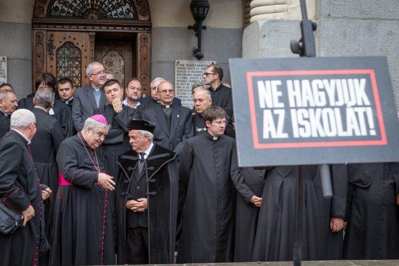 Marosvásárhely Polgármesteri Hivatala bepereli a Római Katolikus Státus Alapítványt