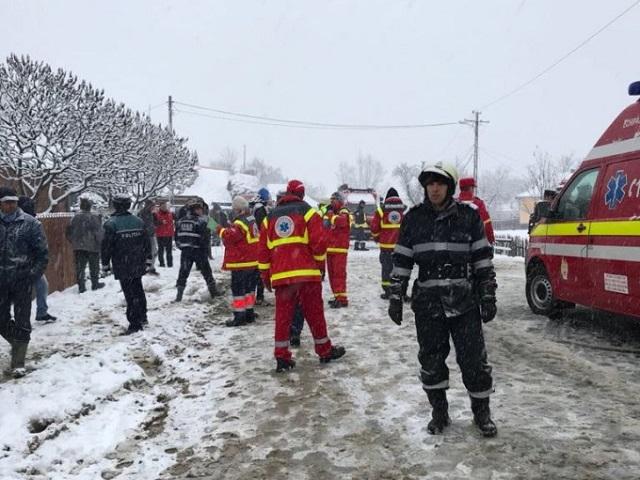 Prágából tartottak haza, amikor kisbuszuk megcsúszott és felborult, ketten pedig meghaltak