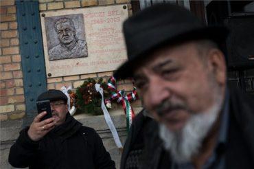 Emléktáblát avattak Budapesten a marosvásárhelyi Puczi Bélának