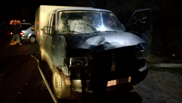9 bűncselekmény elkövetésével gyanúsítják a Beszterce-Naszód megyei láncbalesetet okozó fiatalt