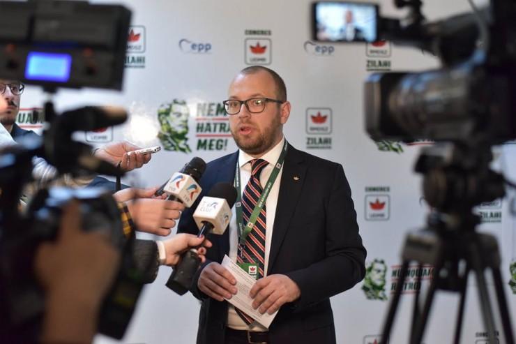 Porcsalmi Bálint: Mihai Tudose miniszterelnök vonja vissza a nyilatkozatát, és kérjen bocsánatot