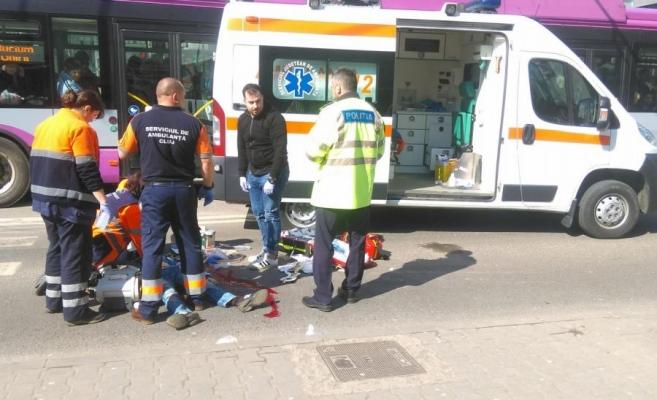 Átjárón gázolt halálra egy halláskárosult fiút a SMURD egy mentőautója