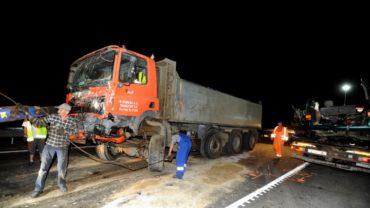 9 ember meghalt egy Maros megyei autóbusz magyarországi balesetében