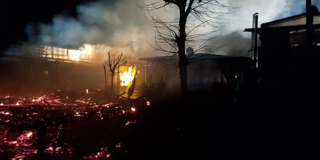 Vasárnap virradóra leégett az egyik Vikend-telepi étterem